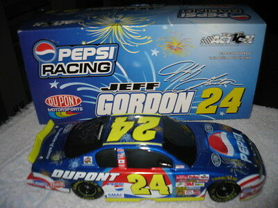 2002 #24 Jeff Gordon Dupont/Pepsi/Daytona 1:24