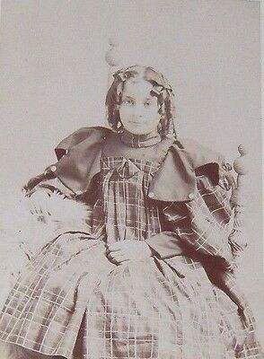 1800's Victorian Cabinet Portrait Card Of A Young Girl In A Plaid Dress