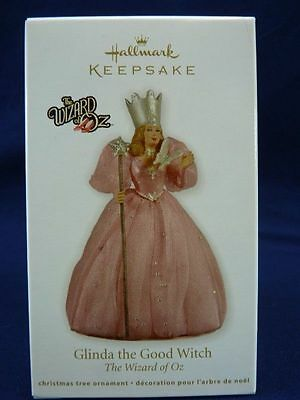 HALLMARK 2011  GLINDA ~ THE GOOD WITCH  OF THE WEST   WIZARD OF OZ  SOLD OUT