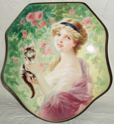 "Russian Lacquer box Fedoskino "" Girl in the garden of roses "" Hand Painted"