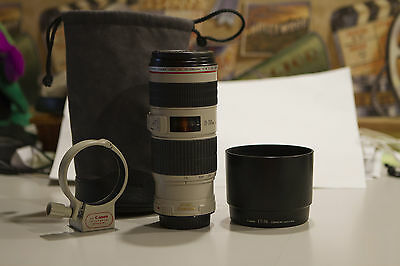 Canon EF 70-200mm F/4 L IS USM Lens with Hood and tripod mount- Mint Condition!!