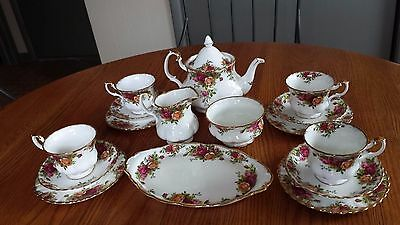 Lot of 16 pc various Royal Albert Old Country Roses Bone china Made in England