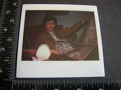 2054 Vintage Color Polaroid Photo surprised face lady reads newspaper
