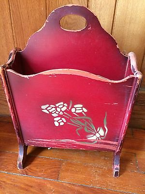 COTTAGE CHIC VINTAGE SHABBY CHIPPY MAGAZINE / RECORD RACK COUNTRY RUSTIC