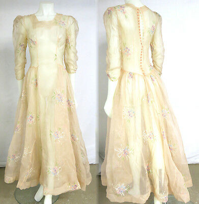 VTG 1930 40s Buff Organza Embroidered Bouquets Bk Button Long Fml Wedding Dress