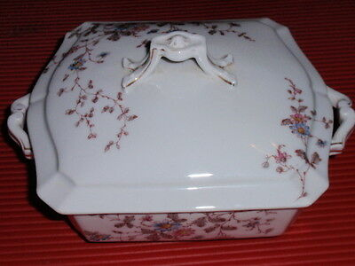 BEAUTIFUL OLD PORCELAIN LIMOGES  COVERED CASSEROLE