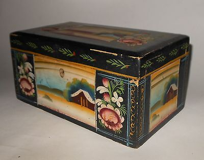 """OLD LACQUERED WOODEN BOX MEXICAN FOLK ART - OLINALA GUERRERO - 7 1/2"""" LARGE"""