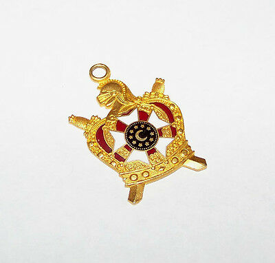 ENAMEL MASONIC ORDER OF DEMOLAY PENDANT FOR MERIT BAR
