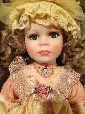 Porcelain doll Palmary Colection Three Heart Bernice 61/1000 Christmas Gift