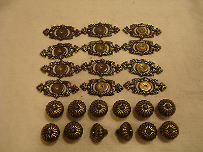 LOT OF 12 VINTAGE SOLID ANTIQUE BRASS DRAWER KNOBS AND BACKPLATES