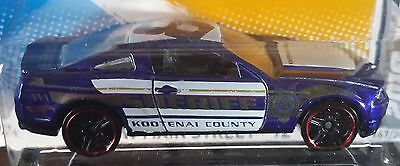 Hot Wheels 2012 HW Main Street 2010 Ford Mustang GT Police Sheriff 1:64
