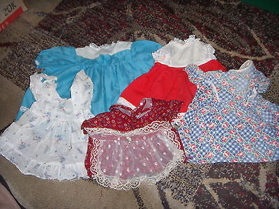VINTAGE TO MODERN  LOT OF DOLL OUTFITS LOT #99