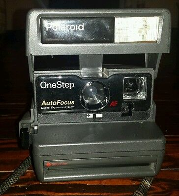 Polaroid One Step Auto Focus Instant Camera (600 film, red label) Digital DES AF