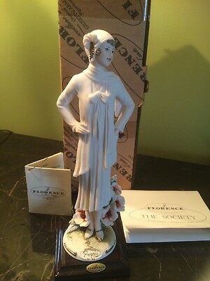 Giuseppe Armani Figurine Poppy 1246 F With Original Box and Certificate a Beauty