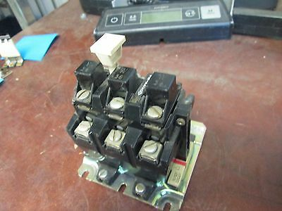 Allen-Bradley Overload Relay 592-B0V16 w/ (3) W36 Heaters Used