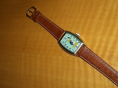 SCARCE VINTAGE*AUTHENTIC DISNEY GOLDTONE DONALD DUCK WATCH*INGERSOLL*1947*NICE