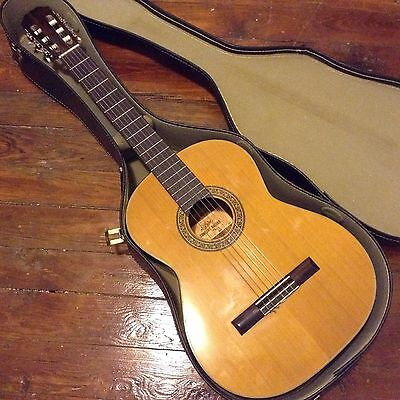Aria Concert Classical Guitar MIJ (Nagoya) Series Model 8AC ,70s VGcnd.51mm nut