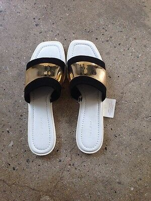 Zara Leather Sandal With Metal Detail Size 41 Hard To Find! Never Worn!