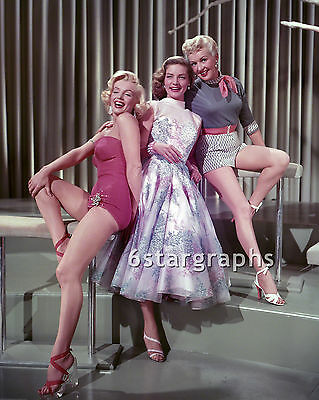 MARILYN MONROE - 8x10 Photo - w/ LAUREN BACALL BETTY GRABLE - UN SIGNED NO AUTO