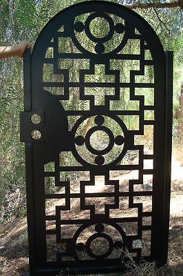 CONTEMPORARY METAL GATE ON SALE PEDESTRIAN WALK ORNAMENTAL ART IRON GARDEN