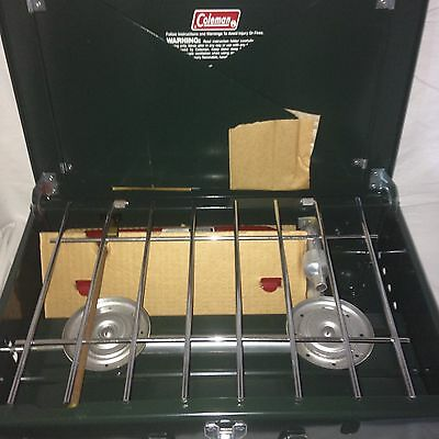 Vtg 1985 Coleman 425F Two Burner Portable Camp stove w/ box/instruction manual
