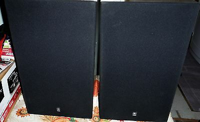 YAMAHA NS-244 MONITOR PAIR SPEAKERS AWSOME CONDITION SOUND GREAT