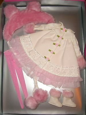 WARM & FUZZY Patience Wilde Imagination Tonner Doll OUTFIT NRFB LE 300 Pink