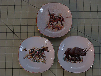 WEATHERBY HANLEY ENGLAND ROYAL FALCON WARE 3 AFRICAN ANIMAL TRIM PLATES