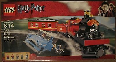 Lego Harry Potter Hogwarts Express Train 4841 *w/ Minifigures* 646 Pieces *NISB