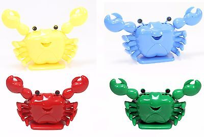 Solar Toy Smiling Waving Crab / Beach Tropical