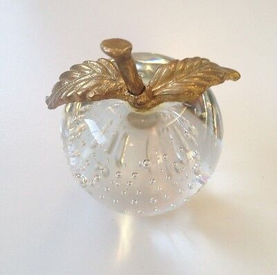VINTAGE CRYSTAL GLASS BUBBLE INFUSED APPLE PAPERWEIGHT W/BRASS STEM, DOUBLE LEAF