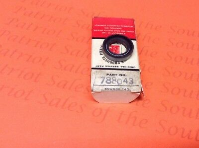 (1) Tecumseh Engine Seal Part # 788043 New Old Stock