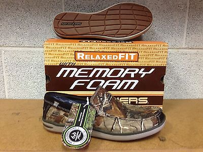 SKECHERS RELAXED FIT/MEMORY FOAM NAVEN  64199 CAMO     SIZE  11  M   (MENS)