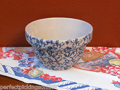 Vintage Robinson Ransbottom USA Blue Spongeware Stone Pottery Mixing Bowl 5 in.