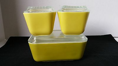 PYREX REFRIGERATOR DISHES SET OF 3 WITH LIDS- AVOCADO & 2 YELLOW