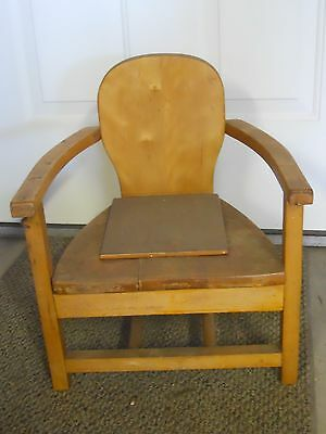ANTIQUE VINTAGE CHILDS MAPLE POTTY CHAIR WITH BLUE ENAMEL CHAMBER POT