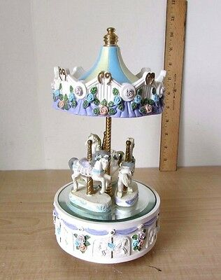 3-horses Carousel Music Box Porclin/Polyresin? Material Rotate Horses on Mirror