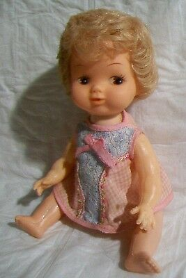 """9 1/2"""" Belly Button Baby w/Push button to make her head move Org Clothes Gd Cond"""