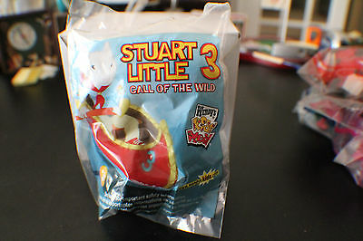 WENDYS KIDS MEAL STUART LITTLE 3 CALL OF THE WILD 2005