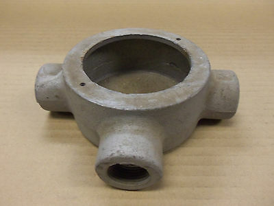 """Crouse Hinds SEHT2 SEHT-2 3/4"""" inch Conduit Outlet Box"""