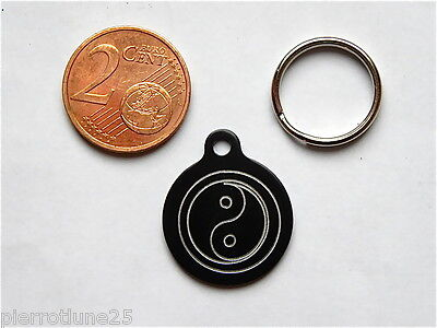 MEDAILLE GRAVEE RONDE ying yang CHATON CHAT collier medalla cane hund katze