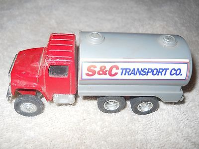 ERTL Vntage Die Cast Metal S & C Transport Co. Tanker Truck with Tow