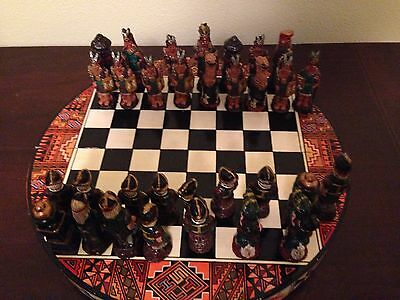 SPANISH CONQUISADORS & AZTEC INDIANS HAND-PAINTED CHESS SET & BOARD W/ STORAGE!
