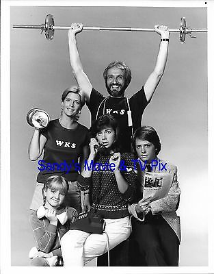 MICHAEL J. FOX, MEREDITH BAXTER BIRNEY & Cast Original TV Photo FAMILY TIES