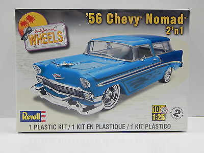 1:25 1956 Chevy Nomad 2 in 1 Revell 85-4947