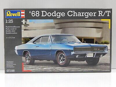 1:25 1968 Dodge Charger R/T Revell 7188