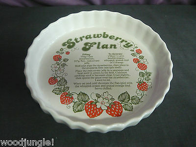 Vintage  ENGLAND STRAWBERRY FLAN  PAN DISH TART PIE BAKING  ASHLEY CERAMICS