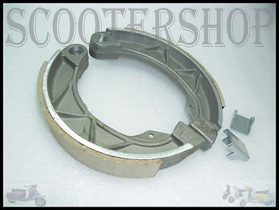 Lambretta Brand New Front Or Rear Brake Shoe Kit With Clips Gp Model @ Ves_Lam