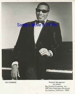 RAY CHARLES Fantastic Vintage Publicity Photo