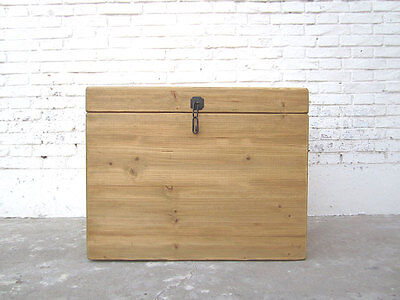China Cat Litter rustic chest timber Nature Cottage Style only by  Luxury Park